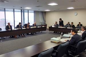 行財政改革特別委員会2013122501