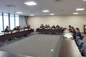 財政改革特別委員会での検討